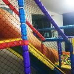 Tela de proteção para playground